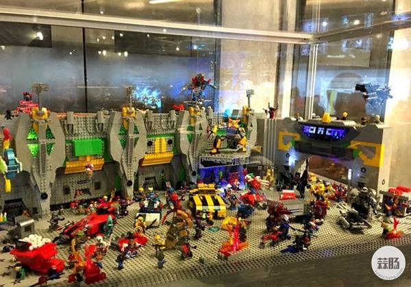 新加坡变形金刚哪里找 环球影城玩具店展示 变形金刚 第3张