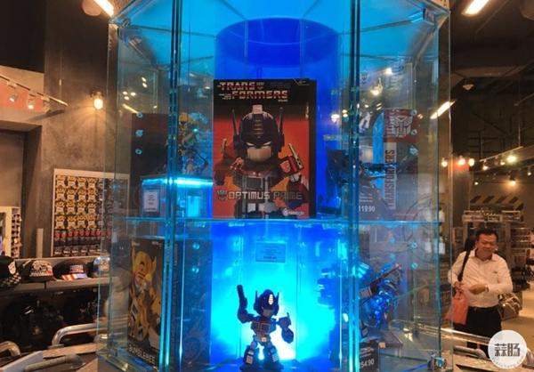 新加坡变形金刚哪里找 环球影城玩具店展示 变形金刚 第10张