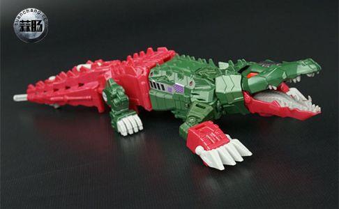 变形金刚泰坦回归系列:鳄龙