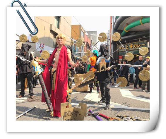 这个金闪闪厉害了!大阪COS祭惊现王财版吉尔伽美什