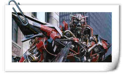 《变形金刚3》御天敌的设定竟是以好莱坞明星为原型 你知道他的脸是谁吗?