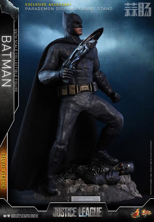 《正义联盟》蝙蝠侠1:6比例珍藏人偶 模玩 第9张