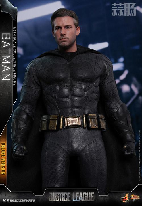 《正义联盟》蝙蝠侠1:6比例珍藏人偶 模玩 第11张