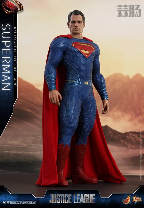 《正义联盟》超人1:6比例珍藏人偶 模玩 第1张