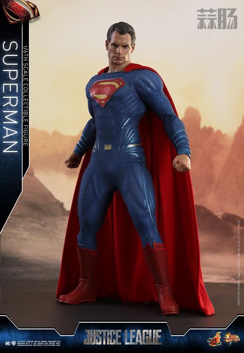 《正义联盟》超人1:6比例珍藏人偶 模玩 第2张