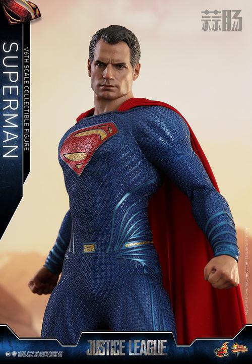 《正义联盟》超人1:6比例珍藏人偶 模玩 第4张