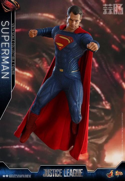 《正义联盟》超人1:6比例珍藏人偶 模玩 第5张