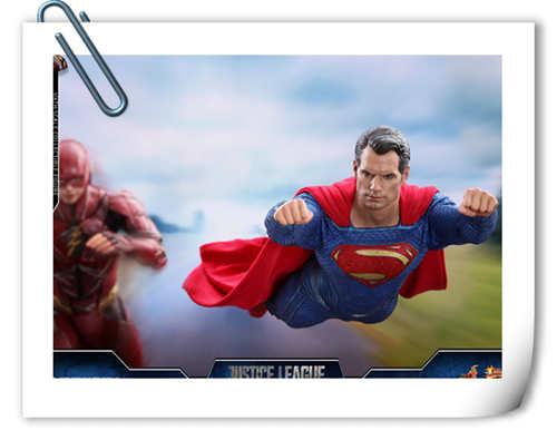 《正义联盟》超人1:6比例珍藏人偶