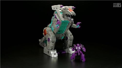《变形金刚》最大玩具宇宙大帝机器人上色版欣赏 细节满满 变形金刚 第4张