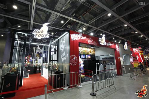 HOT TOYS珍藏人偶大型展览 中国国际漫画节动漫游戏展  漫展 第3张