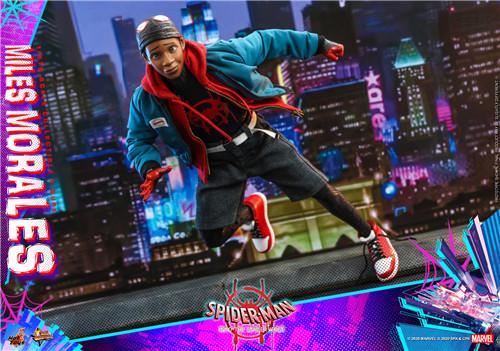 Hot Toys推出《蜘蛛侠:平行宇宙》迈尔斯·莫拉莱斯1:6比例珍藏人偶 模玩 第7张