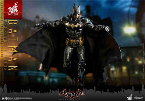 Hot Toys《蝙蝠侠:阿卡姆骑士》蝙蝠侠1:6人偶