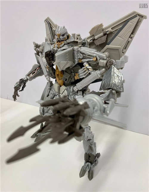 Takara Tomy公开变形金刚MPM-10红蜘蛛实体图 变形金刚 第6张