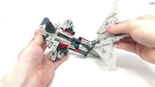 变形金刚工作室系列SS-65闪电实物图公开 并非白头 变形金刚 第7张