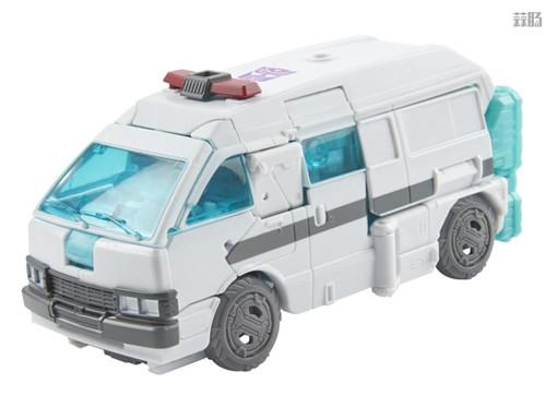 孩之宝推出世代精选地出擎天柱与救护车IDW镜像宇宙版套装 变形金刚 第6张