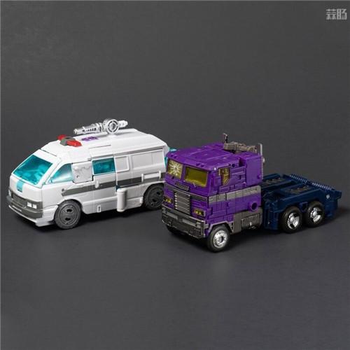 孩之宝推出世代精选地出擎天柱与救护车IDW镜像宇宙版套装 变形金刚 第9张