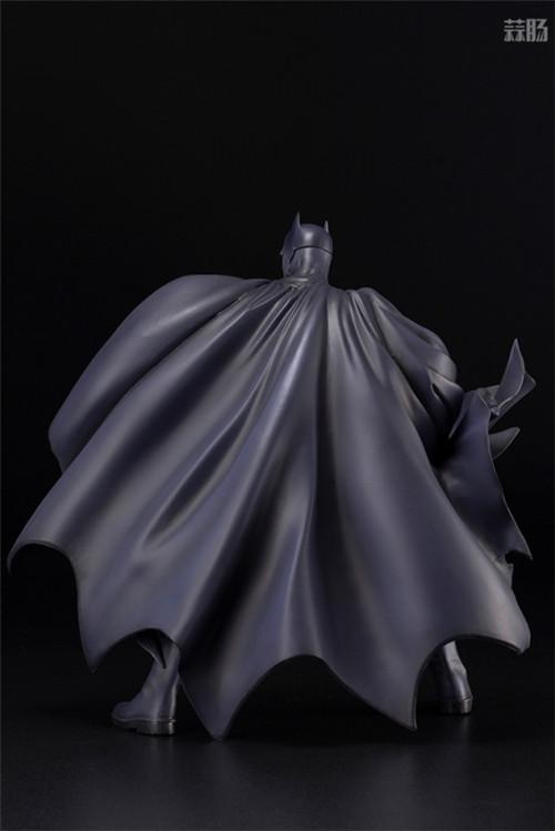 寿屋推出ARTFX《蝙蝠侠:缄默》蝙蝠侠1/6手办 蝙蝠侠 DC漫画 蝙蝠侠:缄默 ARTFX 寿屋 模玩  第5张
