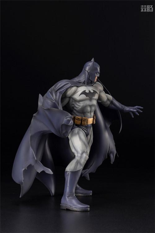 寿屋推出ARTFX《蝙蝠侠:缄默》蝙蝠侠1/6手办 蝙蝠侠 DC漫画 蝙蝠侠:缄默 ARTFX 寿屋 模玩  第4张